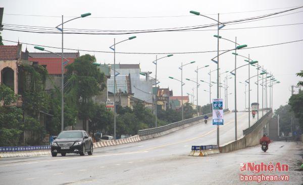 Cầu Vượt được xây dựng giúp thay đổi diện mạo đường Đặng Thai Mai.